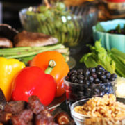 Beat constipation: Increase the proportion of raw foods in your diet